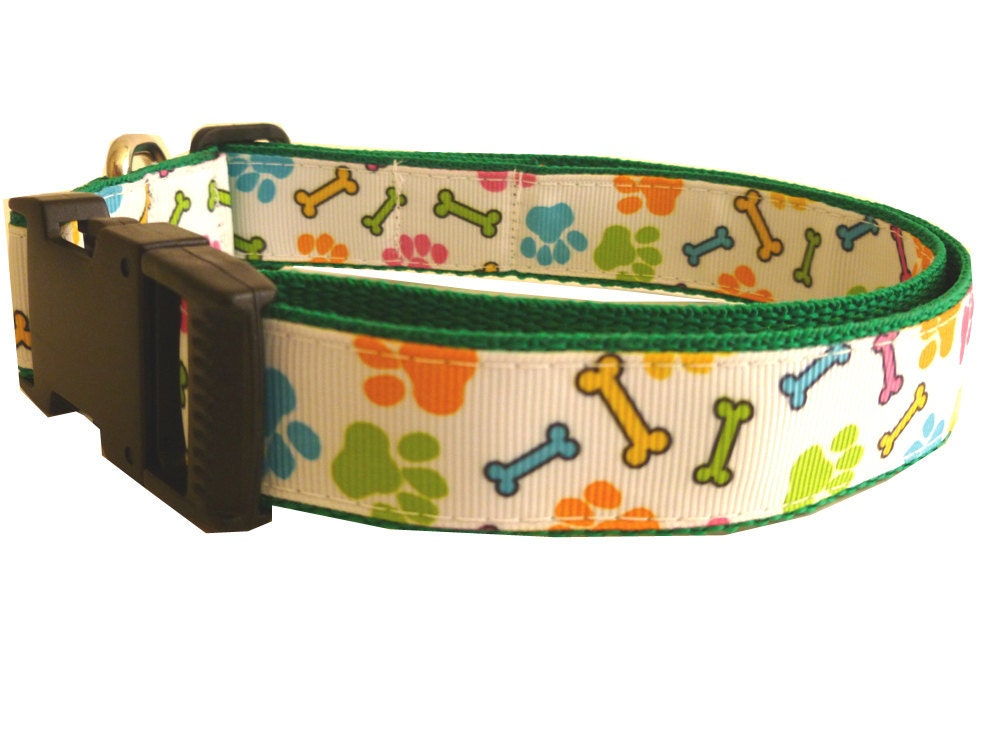Dog Collar Bones & Paws -18 adjustable to 26 - thedoggiehouse