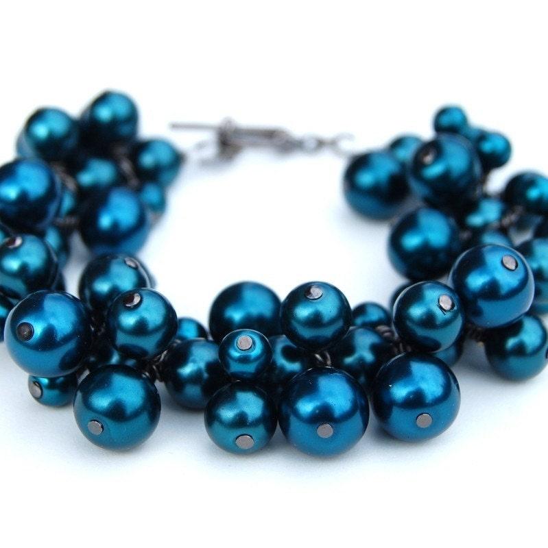 Dark Teal Pearl Cluster Bracelet