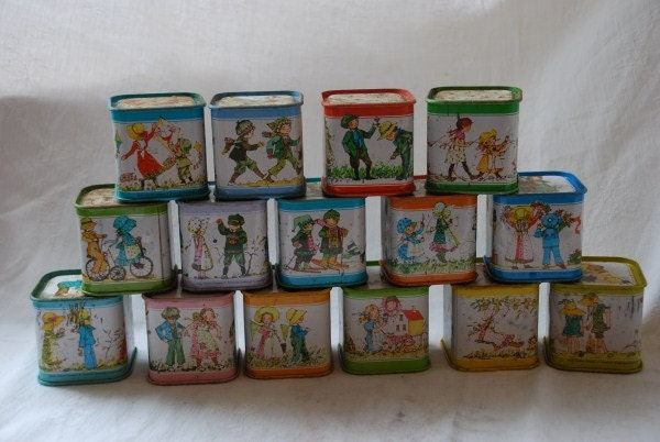 Vintage Holly Hobbie Dolls Childrens Tin Metal Building Blocks 1970's - scottishart