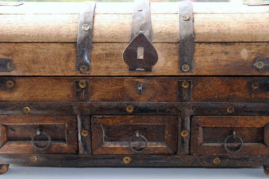 Box, wooden treasure chest with metal embellishments, original signed Fine Art photo giclee print, Photography print - Art print - IzzyVerena
