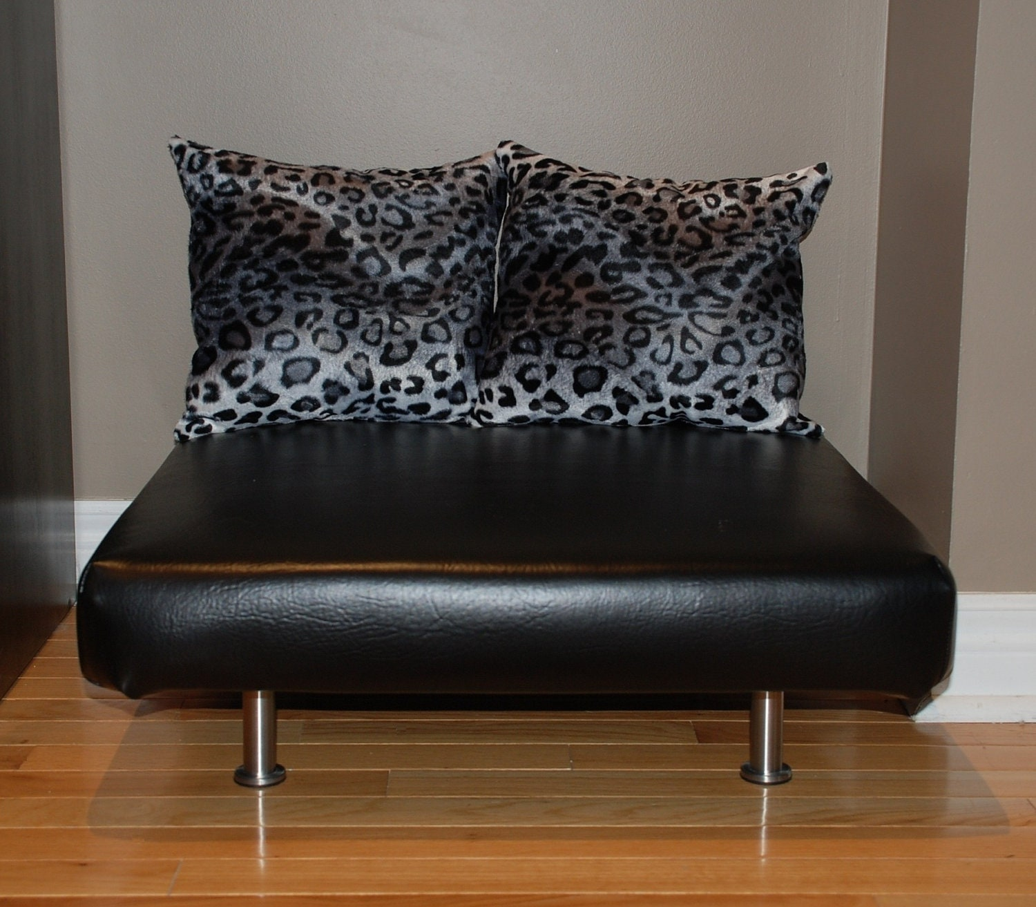 24x24 black faux leather upholstered pet bed cat bed for Upholstered dog bed