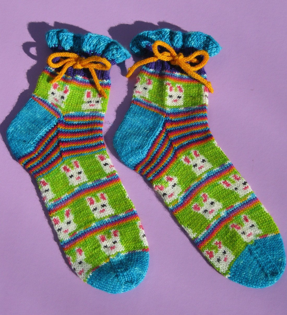Pre-order - Easter Bunny self striping and patterning picture sock yarn kit with 4 solid contrast colors