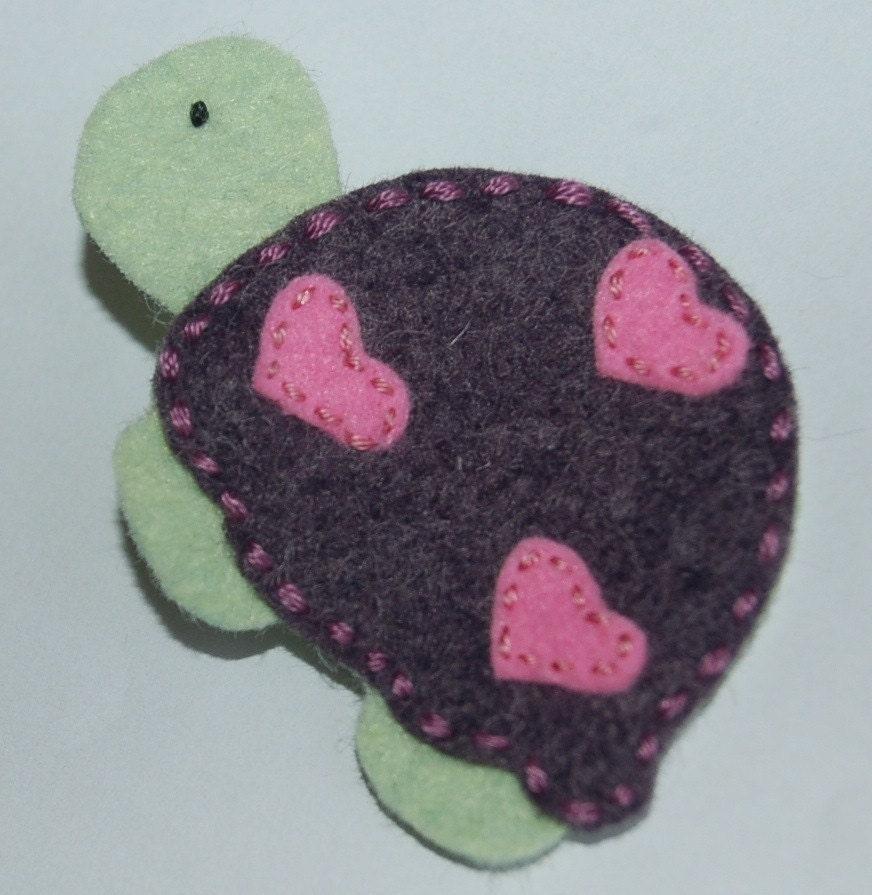 I Heart Turtle-Wool Felt Hair Clip