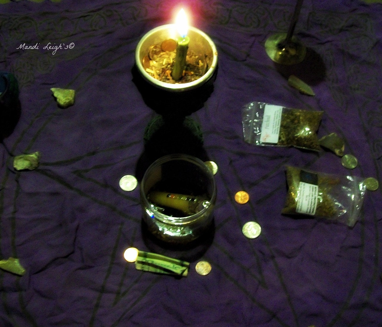 Chinese Debt Relief Essential Oil, Money Drawing Spell Kit