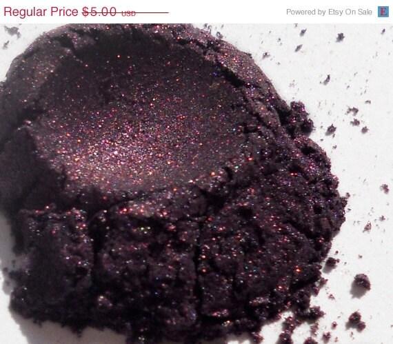 MOTHERS DAY SALE Deep Purple Natural Vegan Sustainable Eyeshadow . Sugar Plum Fairy - RedeemingBeauty