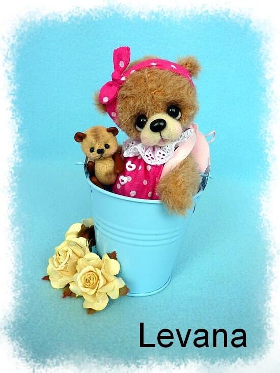 Levana 12.5cm artist handmade teddy bear by HappyTeddy Aleksandra J.