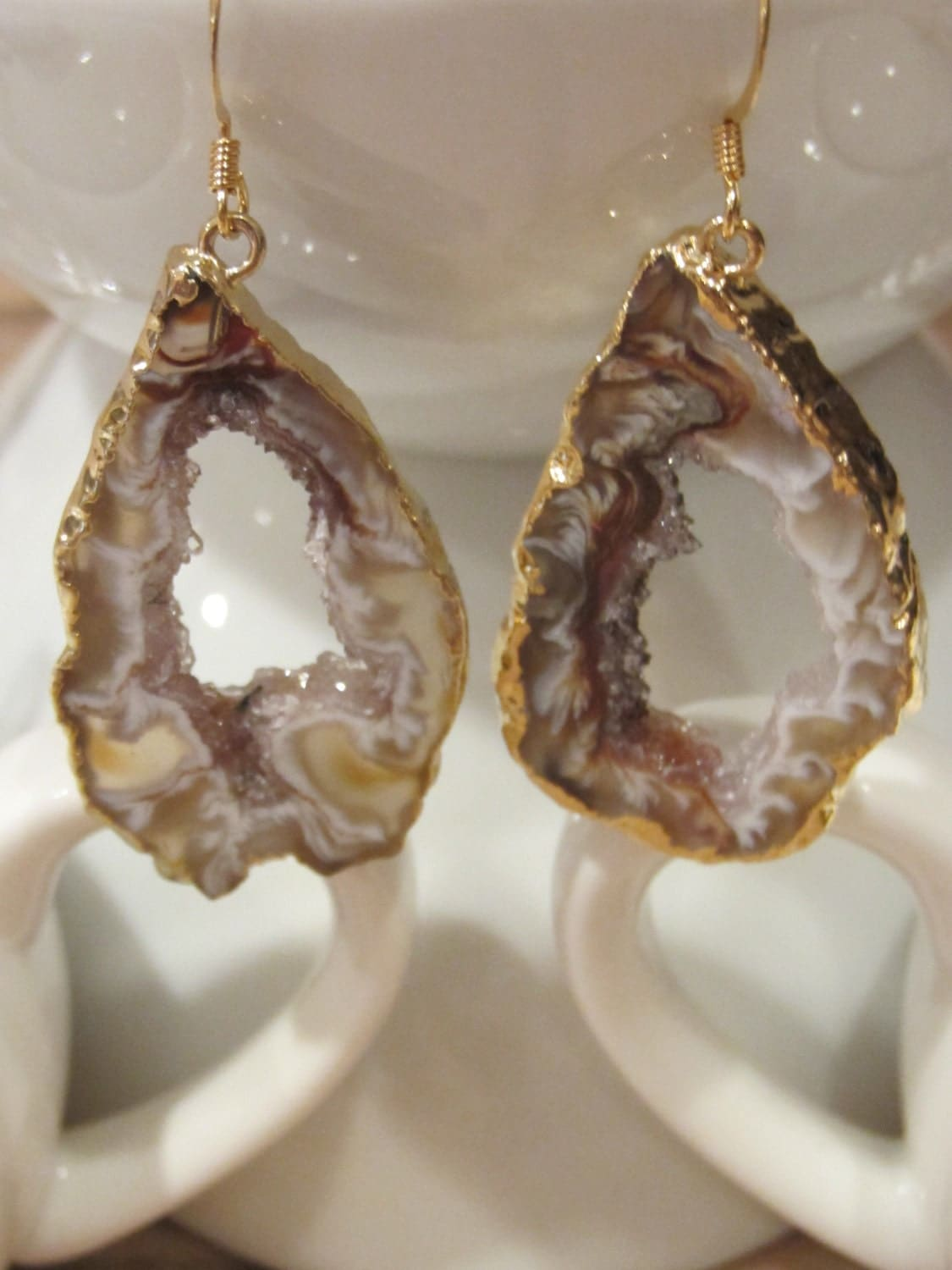 Aurora Agate Geode Earring Tan/Gold Plated - VintagePinch