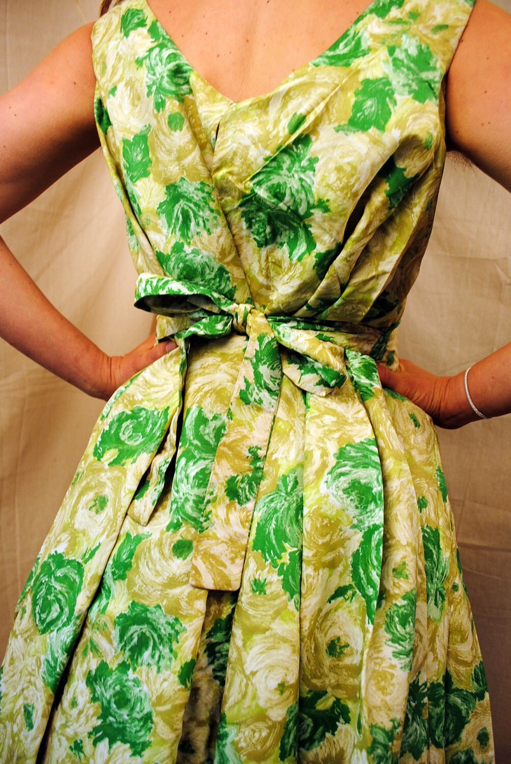 That Damn Green Dress Floral Dresses An Etsy Round Up