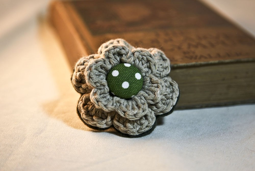 Natural Cotton Crochet Brooch and Barrette no. 4