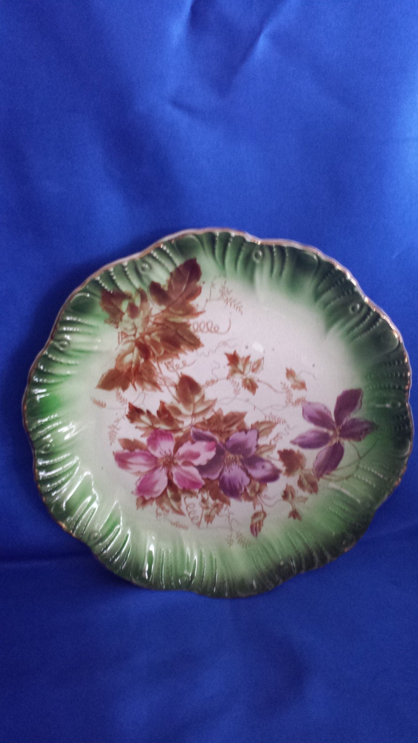 Vintage Wall Hanging Plate Picturing Red  Purple Clematis
