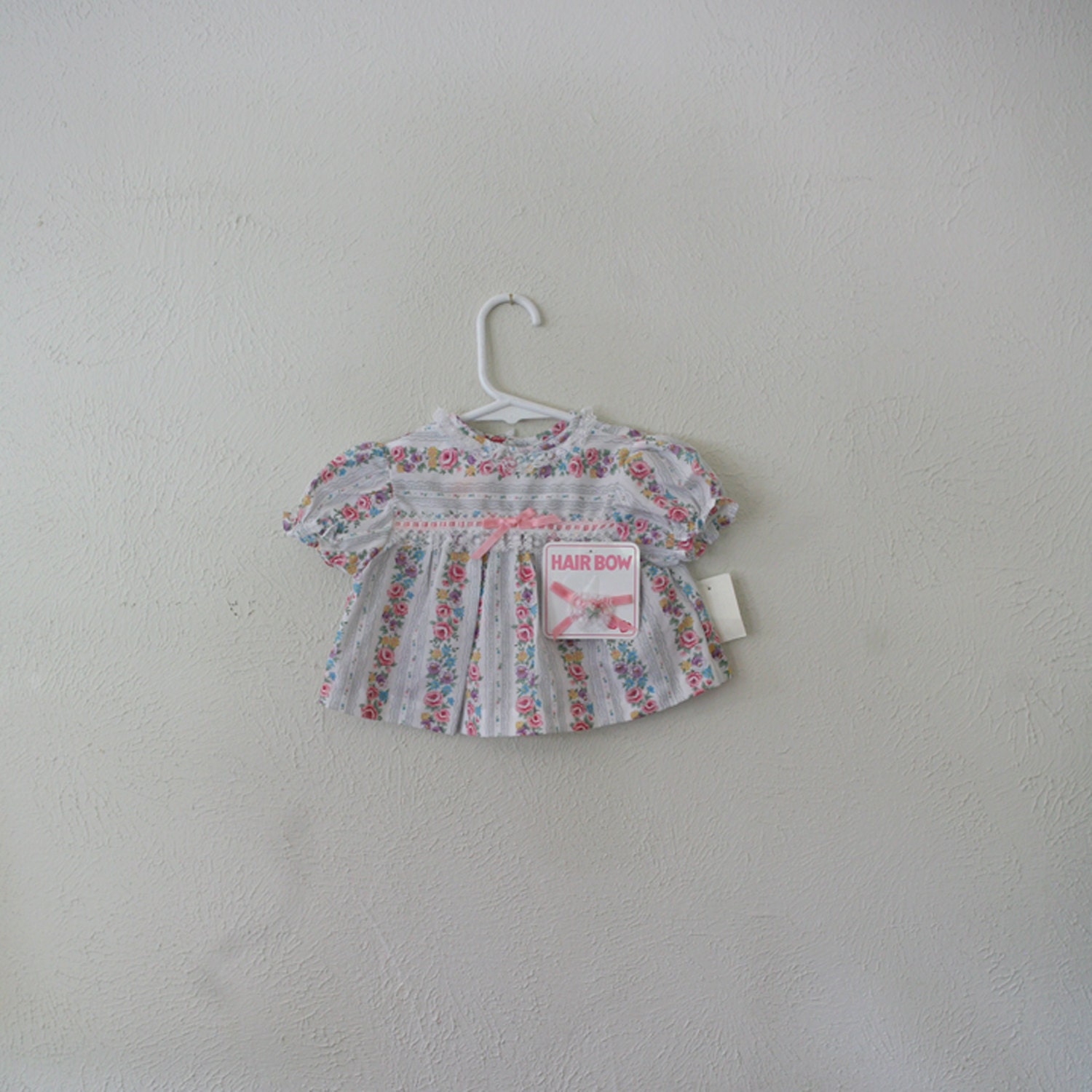 vintage baby girl flower and lace blouse w matching hair bow - olliesvintage