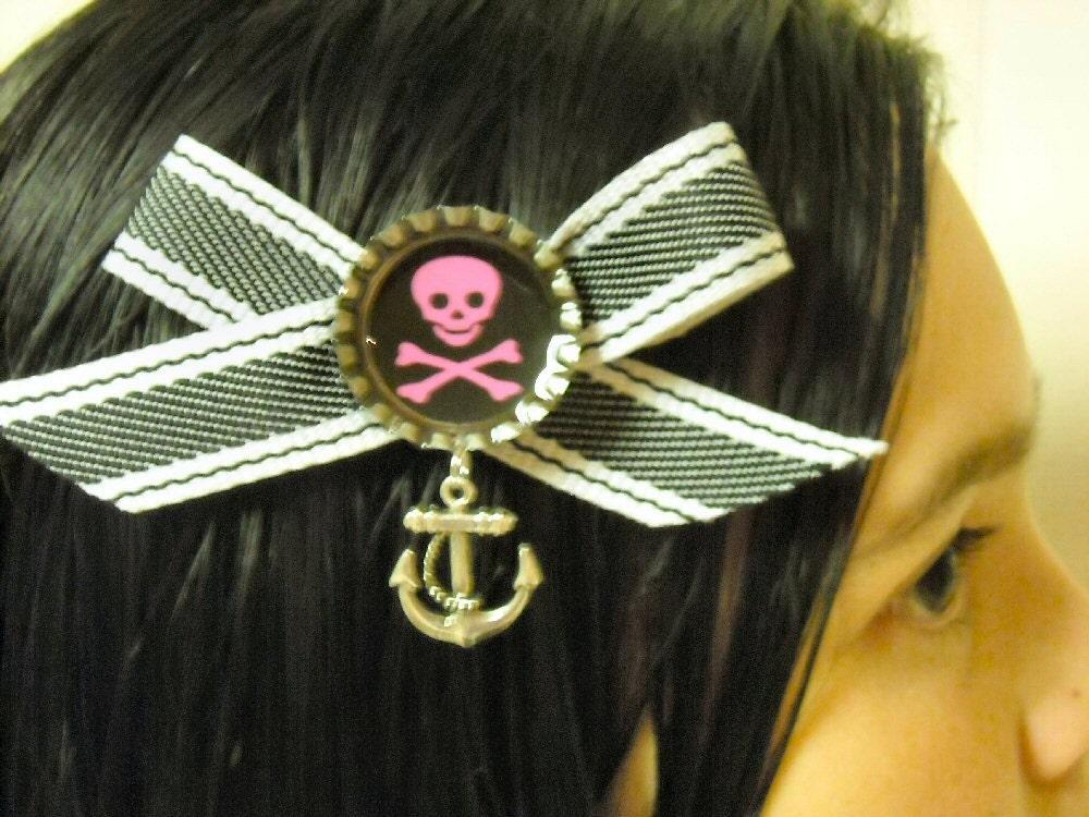 Skull and Crossbones Bottle Cap Hair