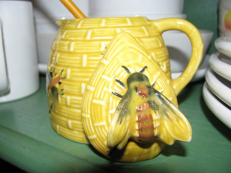 Http Www Etsy Com Listing 74028577 Vintage Honey Jar Bumble Bees Honey Bee