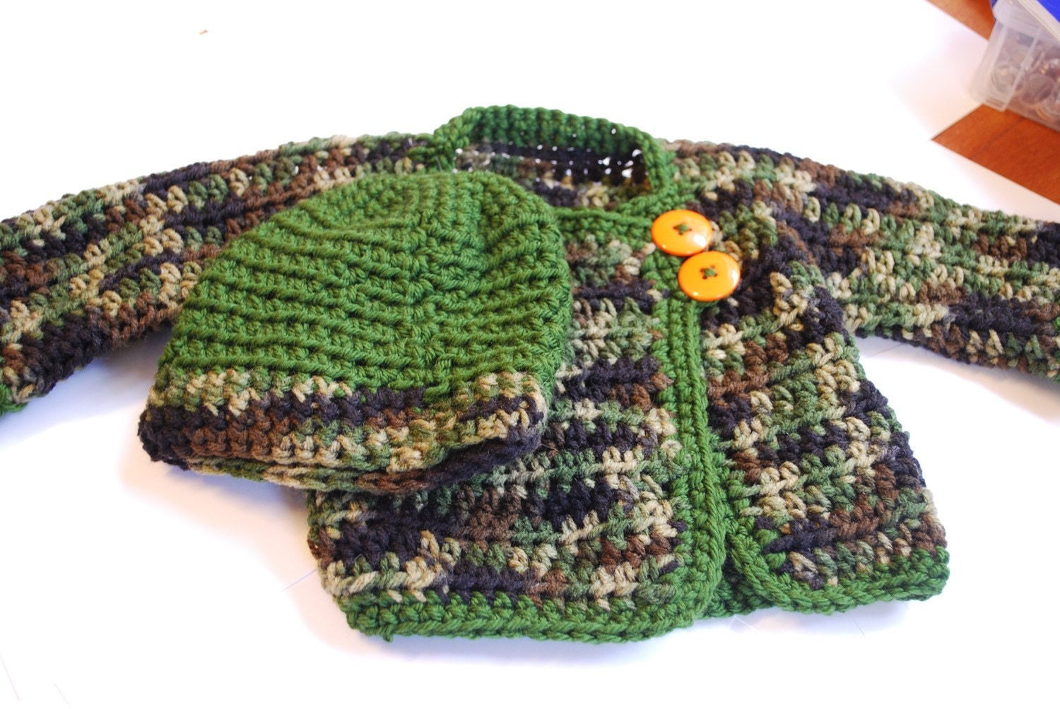 0-6m OH SO CUTE bOYS Boutique Hand Crochet Camo Hat and sweater Set
