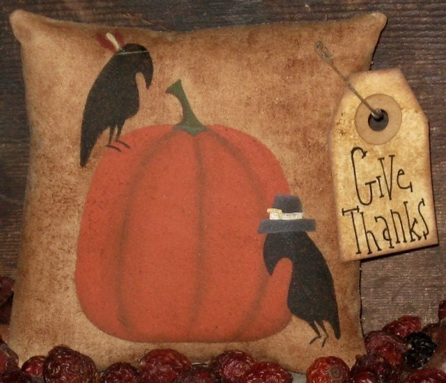 Primitive Crows First Thanksgiving Ornie