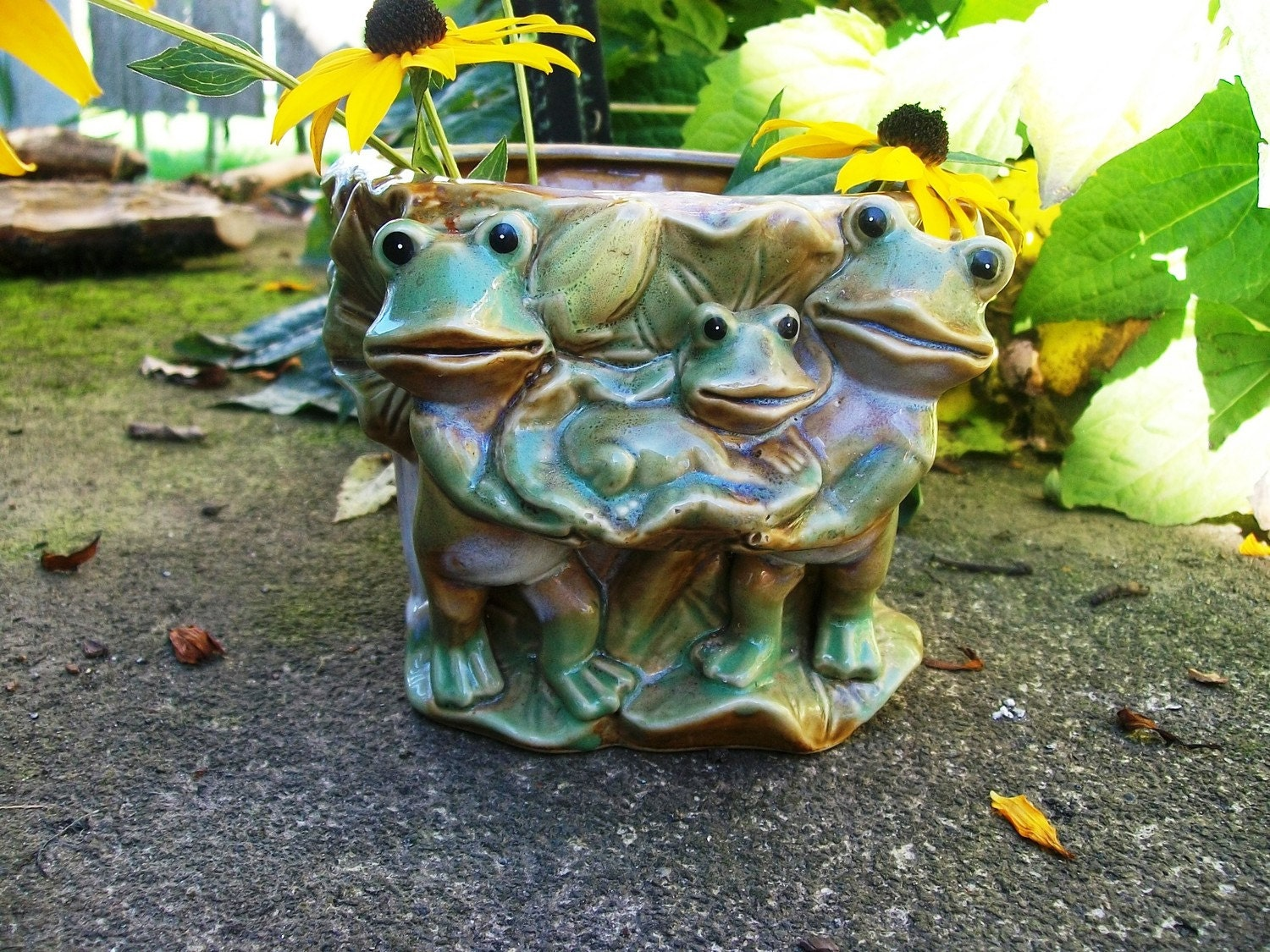 Family of Frogs Ceramic Flowerpot