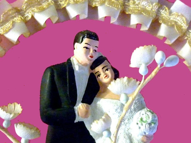 WEDDING BELLS -  1950s Chalkware Bride and Groom -White Gown and Tux  - Pleated Cream Satin and Lily of the Valley