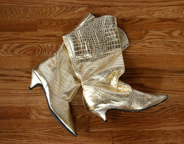 Vintage 80's New Wave Glam Gold Lame Faux Snakeskin Kitten Heel Boots 6