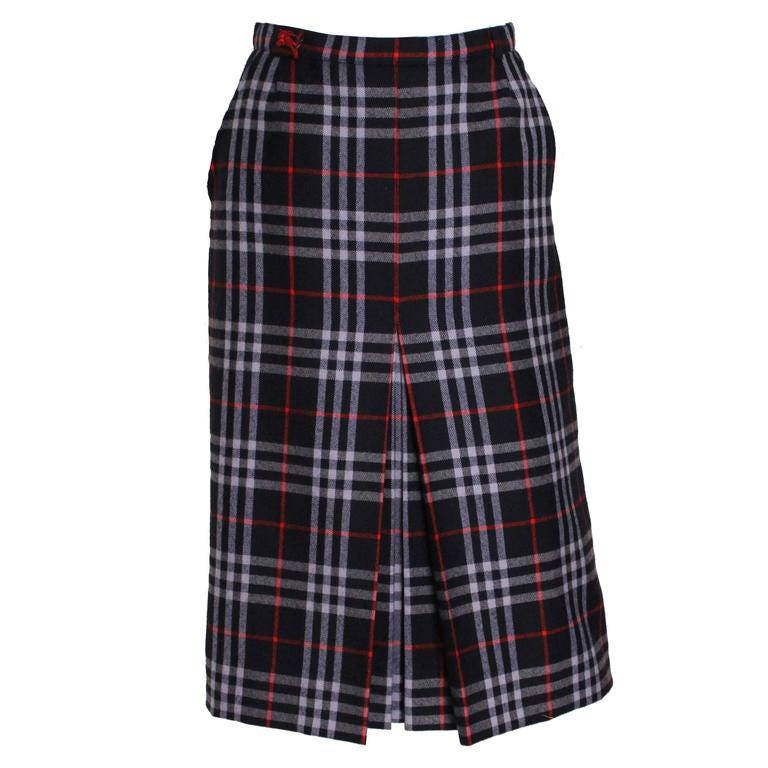 A vintage 1980s Burberry check high waisted pencil skirt S