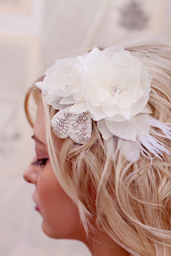 Buy ivory feather hair clip and get free shipping on