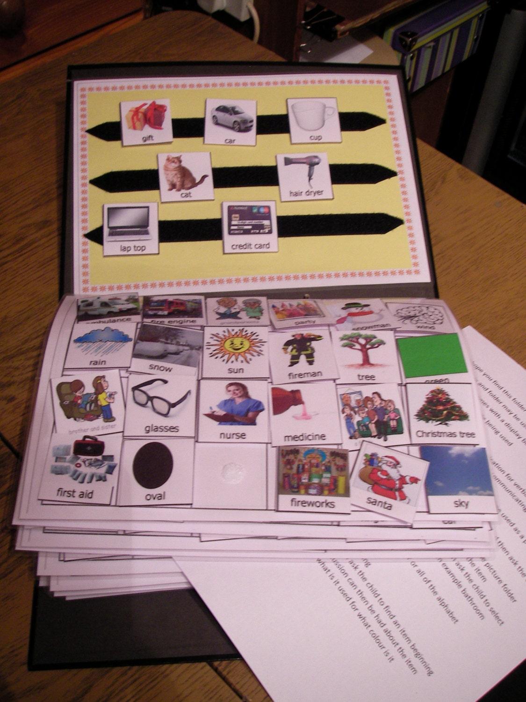400 pecs communication folder