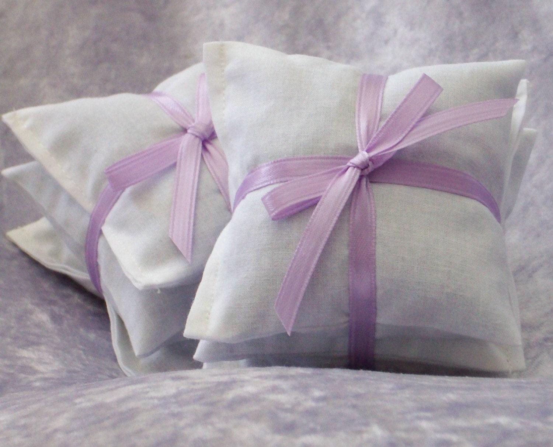 Dryer Sachets Lavender - Handmade on Etsy - ManInTheMoonHerbs