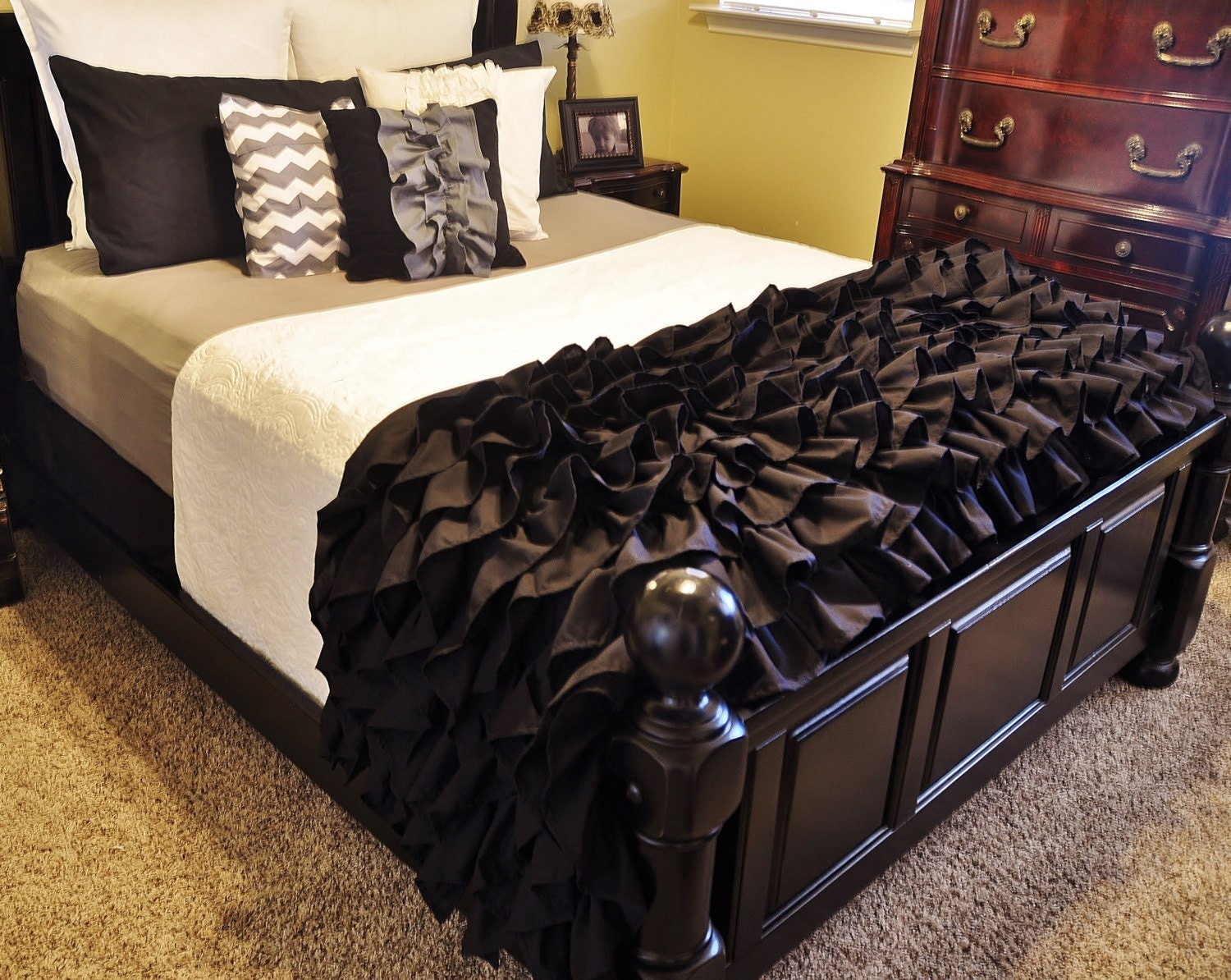 Items similar to black gray ruffled bedding on etsy for Frilly bedspreads