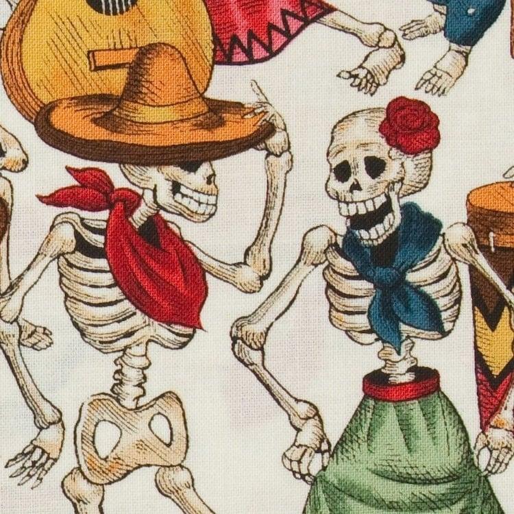 Fat Qtr x Alexander Henry - Fiesta De Los Muerto - White