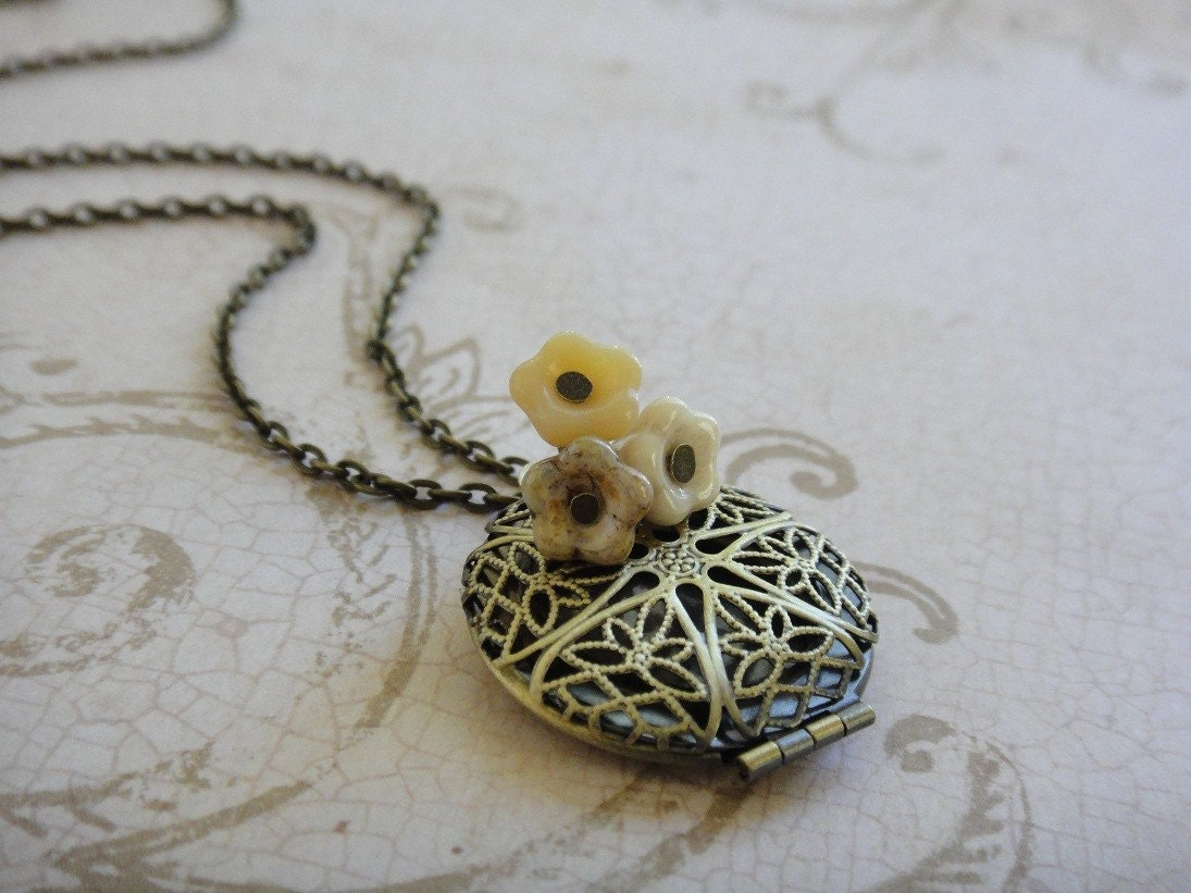Antique Wedding Flower Filigree Locket Necklace
