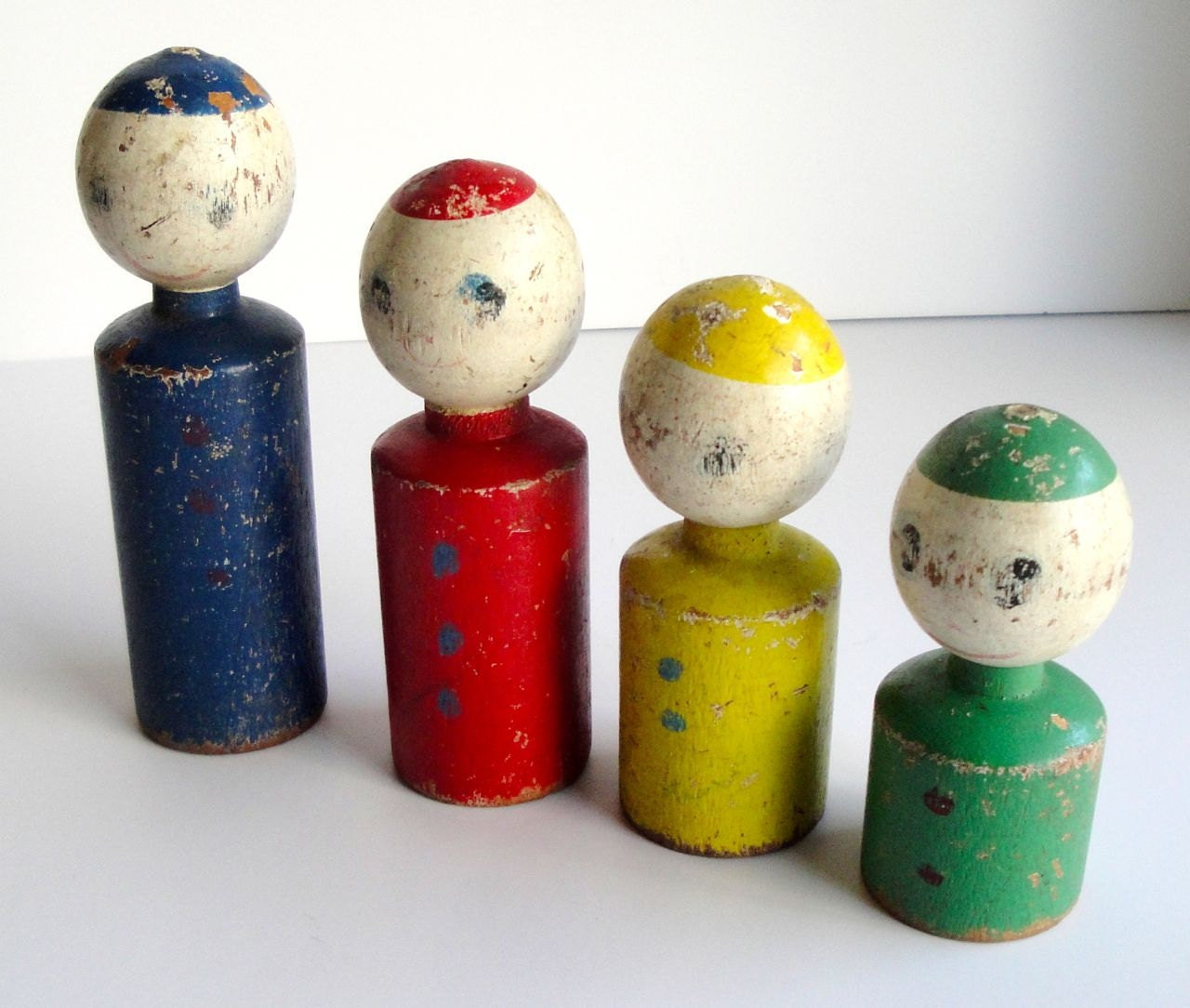 Vintage Wood Family People Set - VintageJunkInMyTrunk