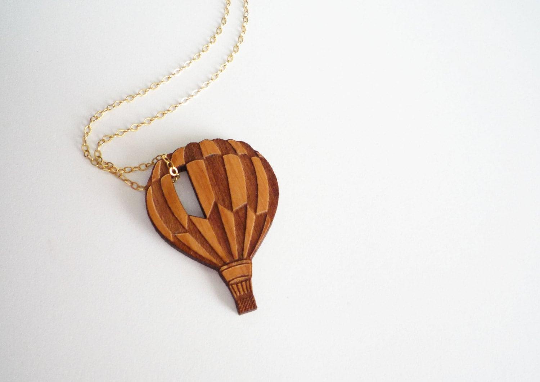 Air Balloon Necklace