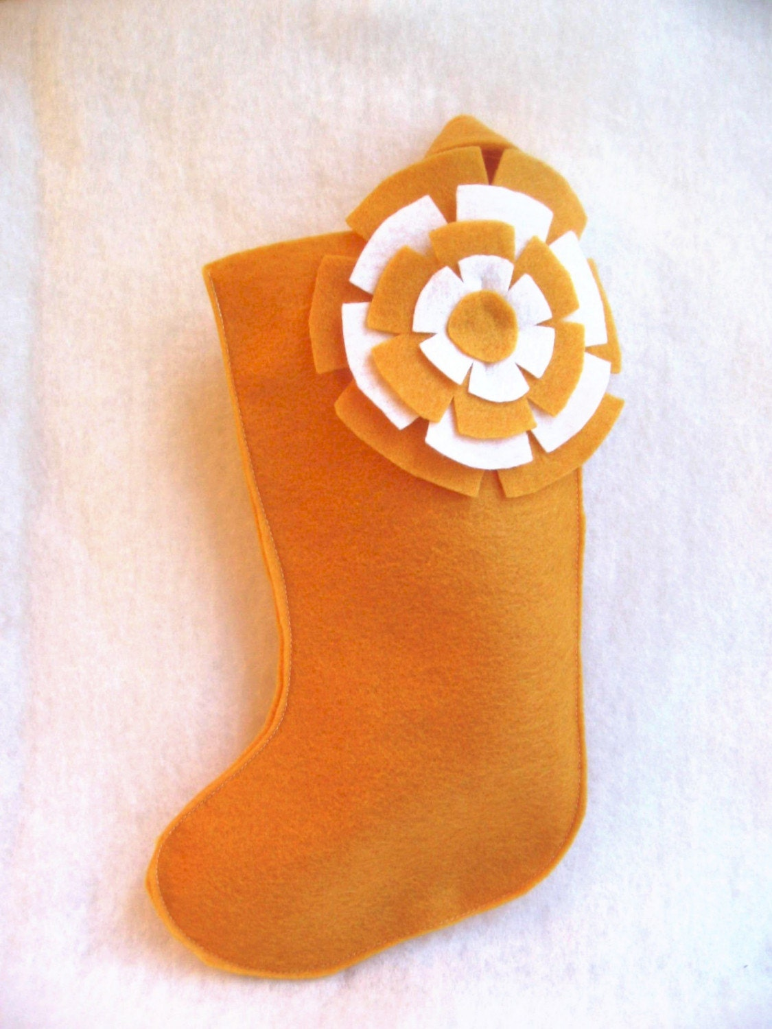 rikrak Christmas...golden mustard yellow and white knickknack flower felt stocking