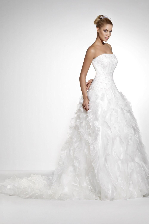 Items Similar To Strapless Slim Fit Organza Wedding Dresses Model 1030 On Etsy