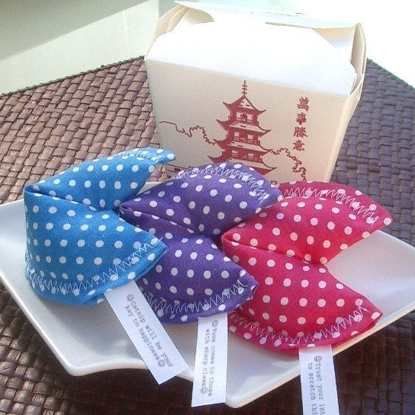 Lucky Organic Catnip Fortune Cookies (Set of 3 Polka Dot Cookies)