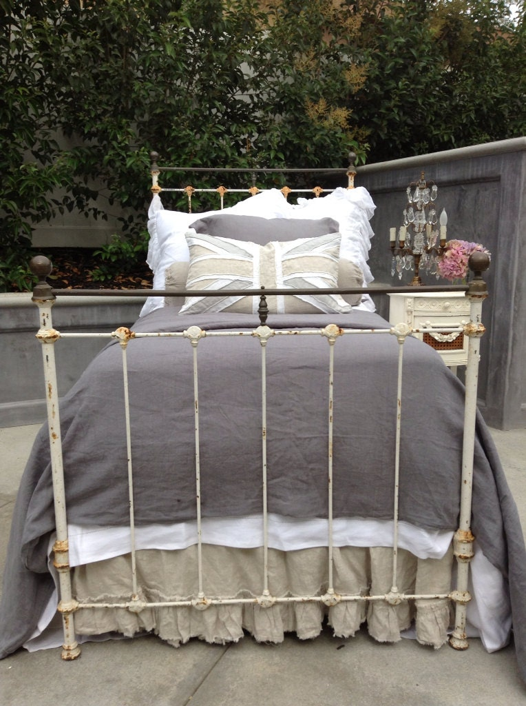 Antique Wrought Iron Full Bed
