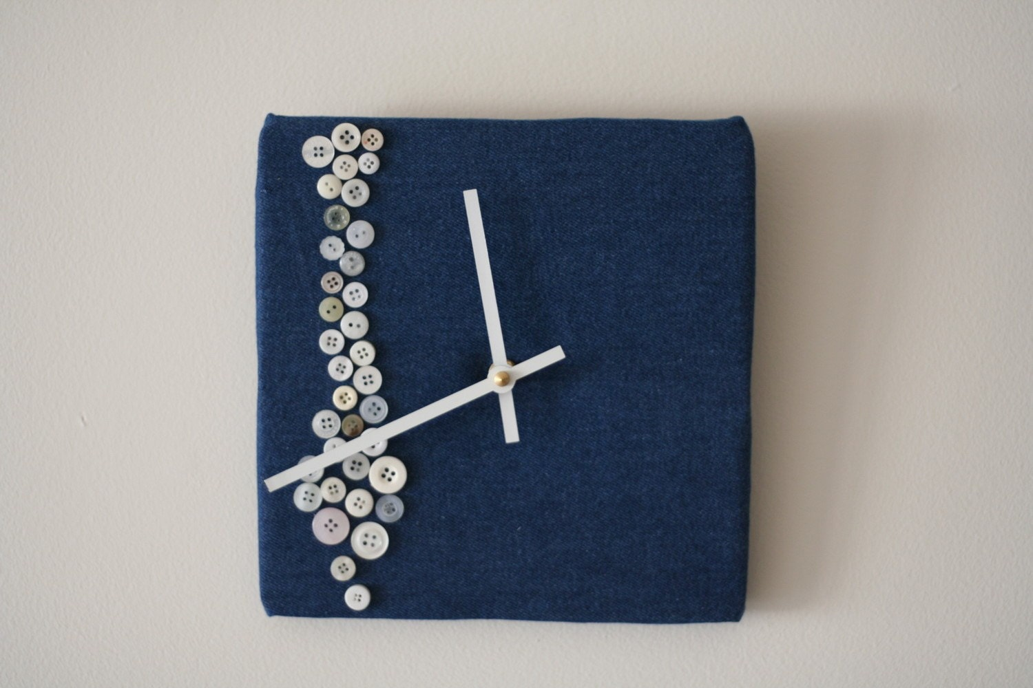 white button clock