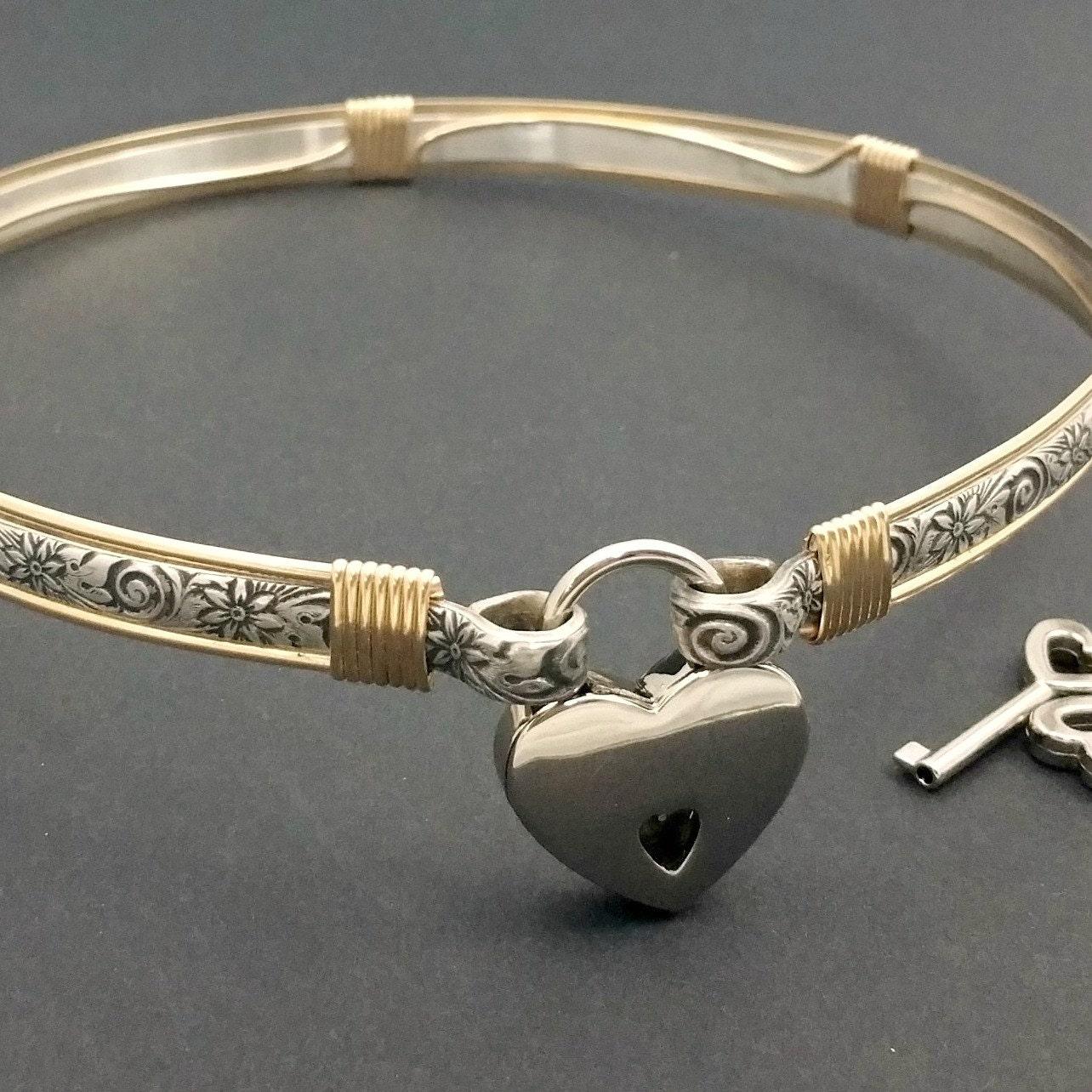 Lockable bdsm collar