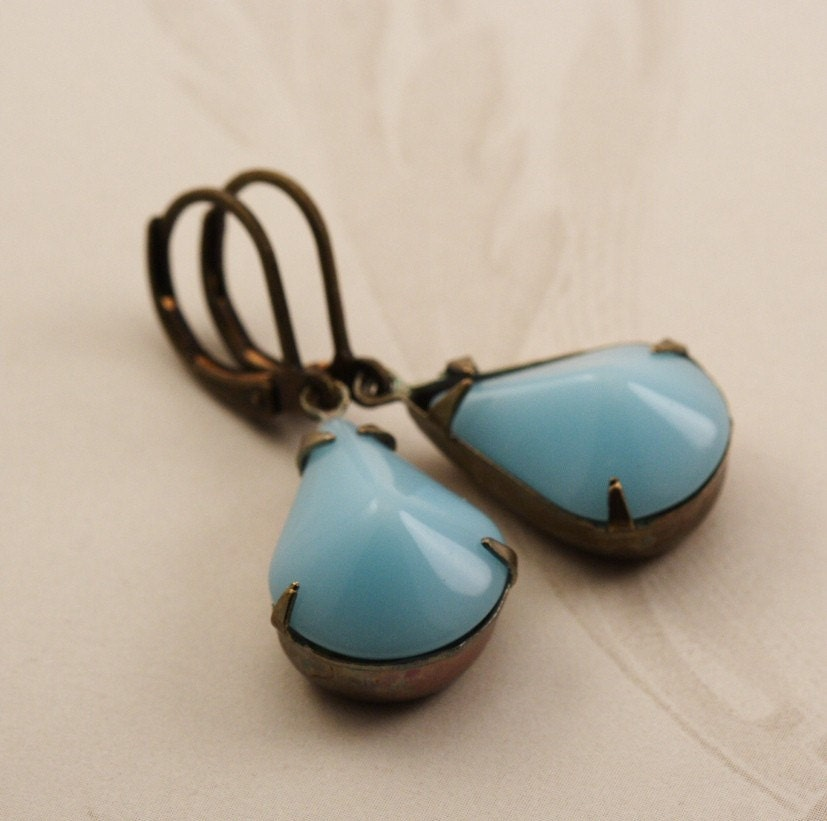 Vintage Aqua Pear Shaped Jeweled Earrings