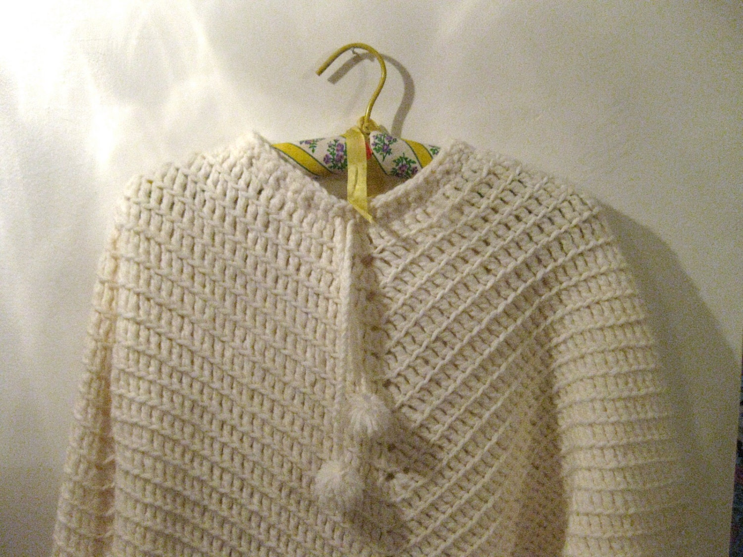Poncho Cream with fringe