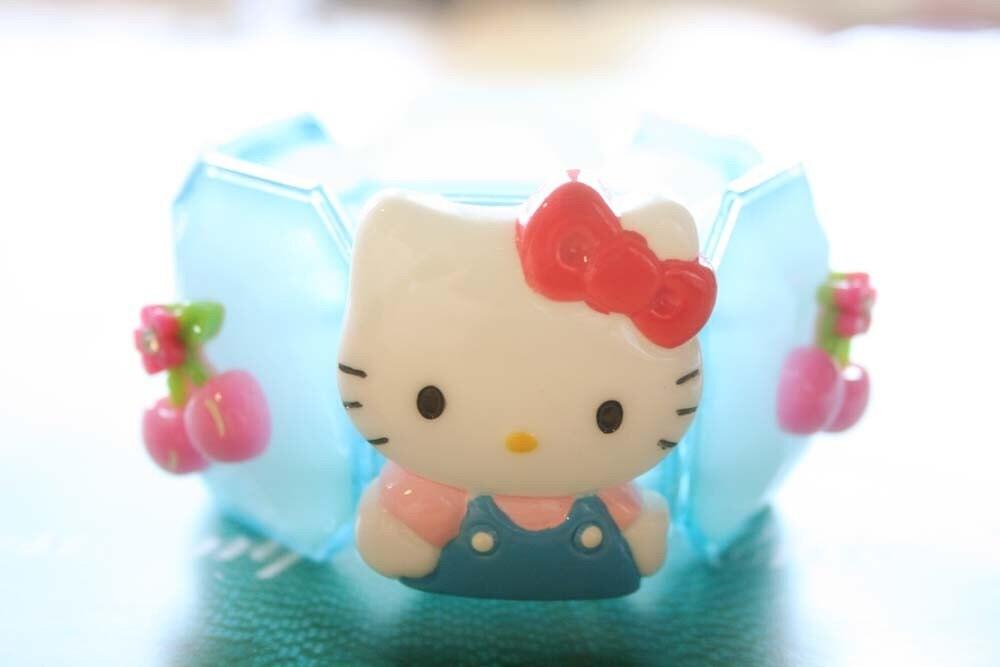 Hello Kitty chunky elastic bracelet