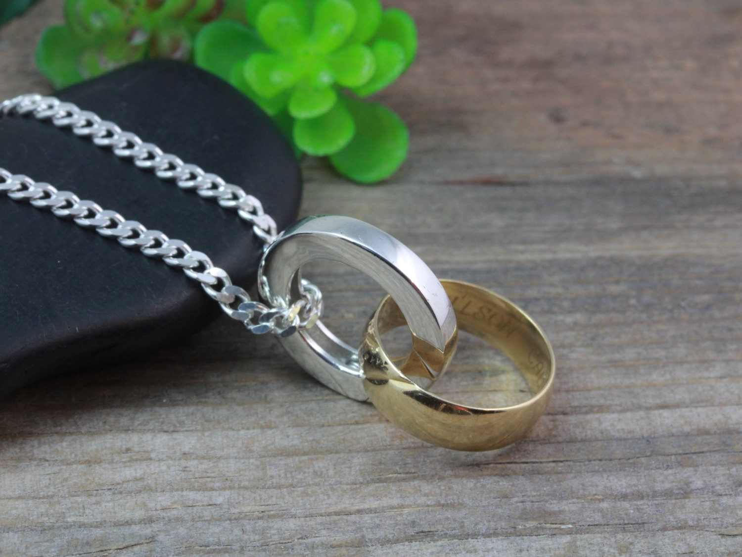 Necklace to put wear when taking off wedding ring