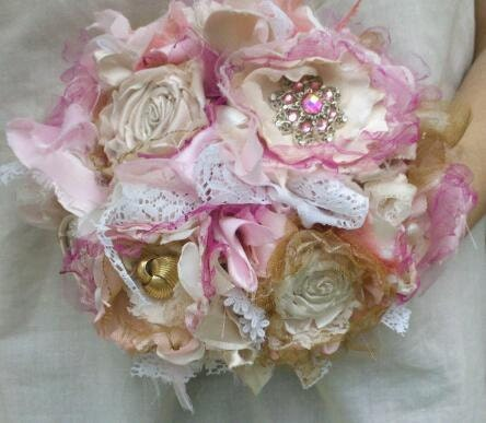 Brooch Bridal Bouquet, Rustic Bridal Bouquet, Shabby Chic Wedding, Vintage, Lace, Pearls,  Fabric Flower Bouquet, weddings