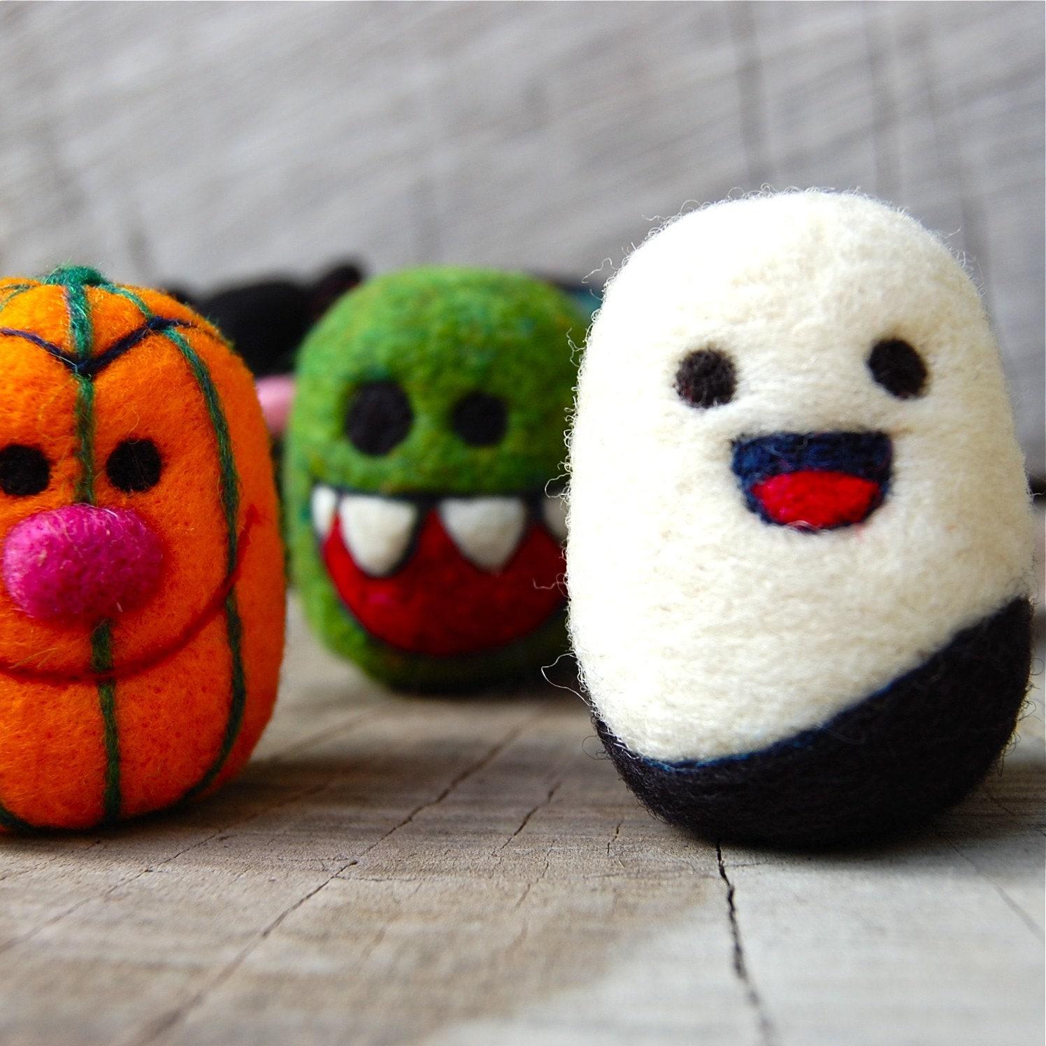 halloween felt toys