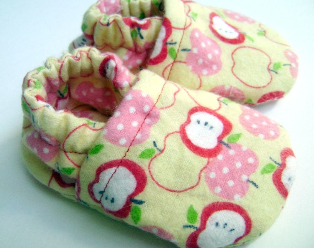 The Big Apple - Soft Soled Baby Shoes - Slippers - 0-6 months