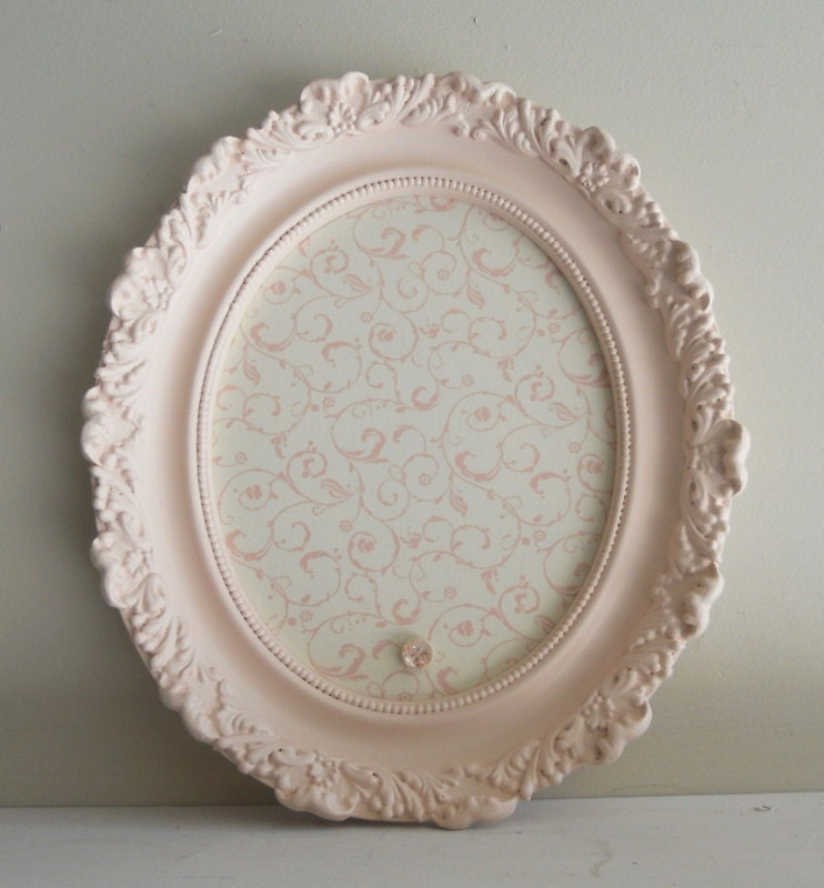 NEW ITEM - - 12inx14in Vintage Antique Shabby Chic Oval Pink and Off White Ornate Magnetic Board