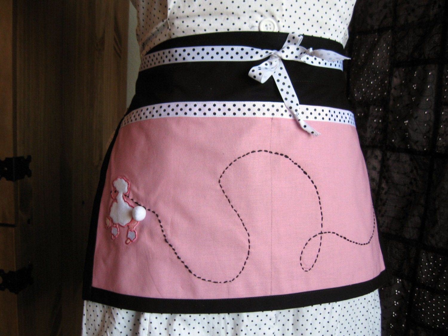 Apron - 2 Pocket Poodle Skirt - Pink