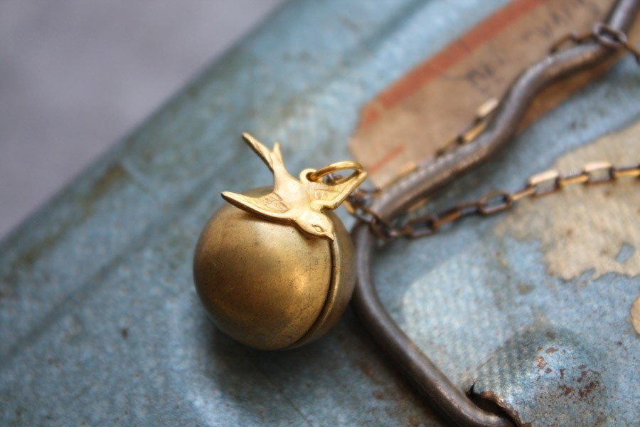 Ball and Chain Sparrow Necklace - Free Worldwide Shipping