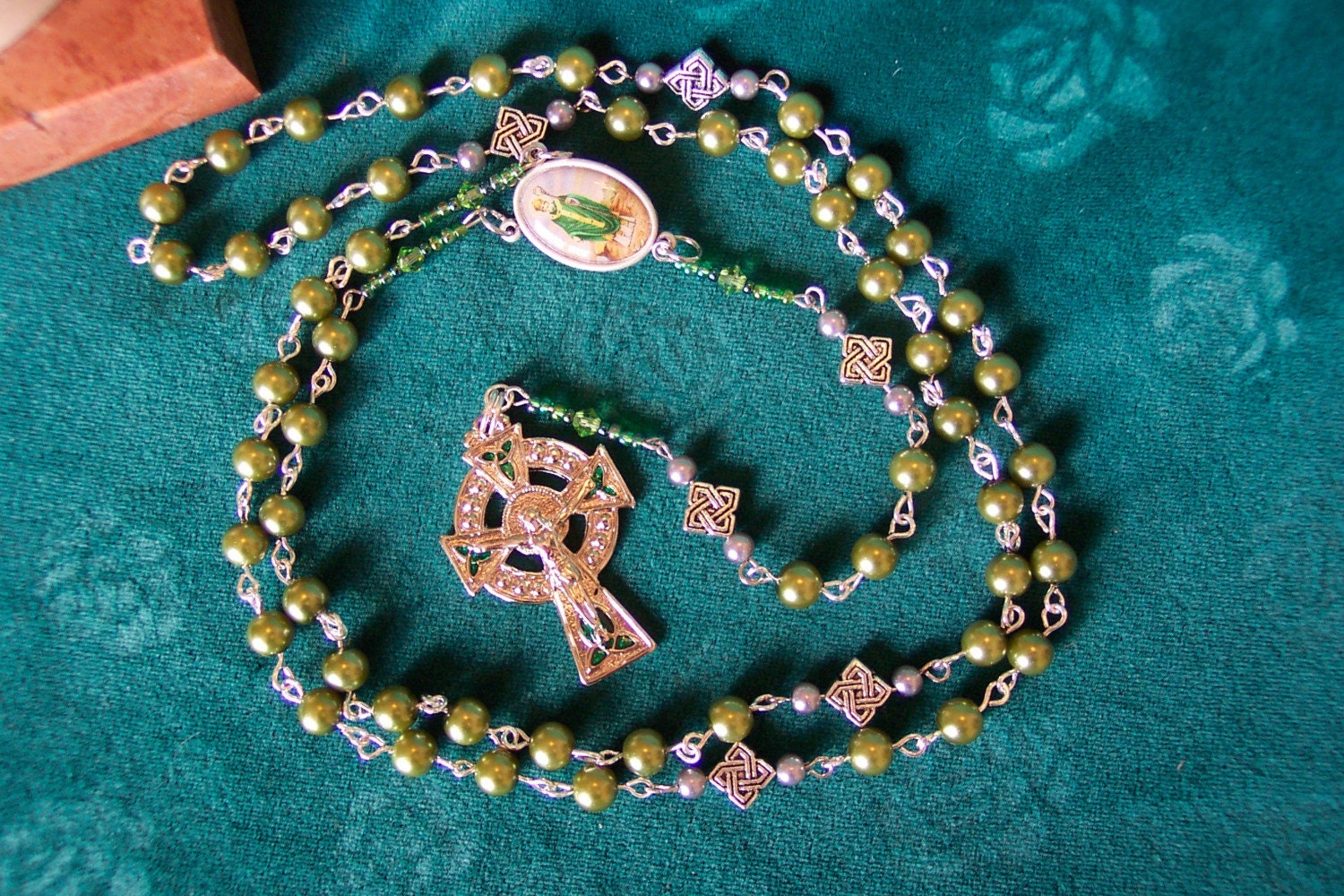 St. Patrick Rosary with Two-Sided Center