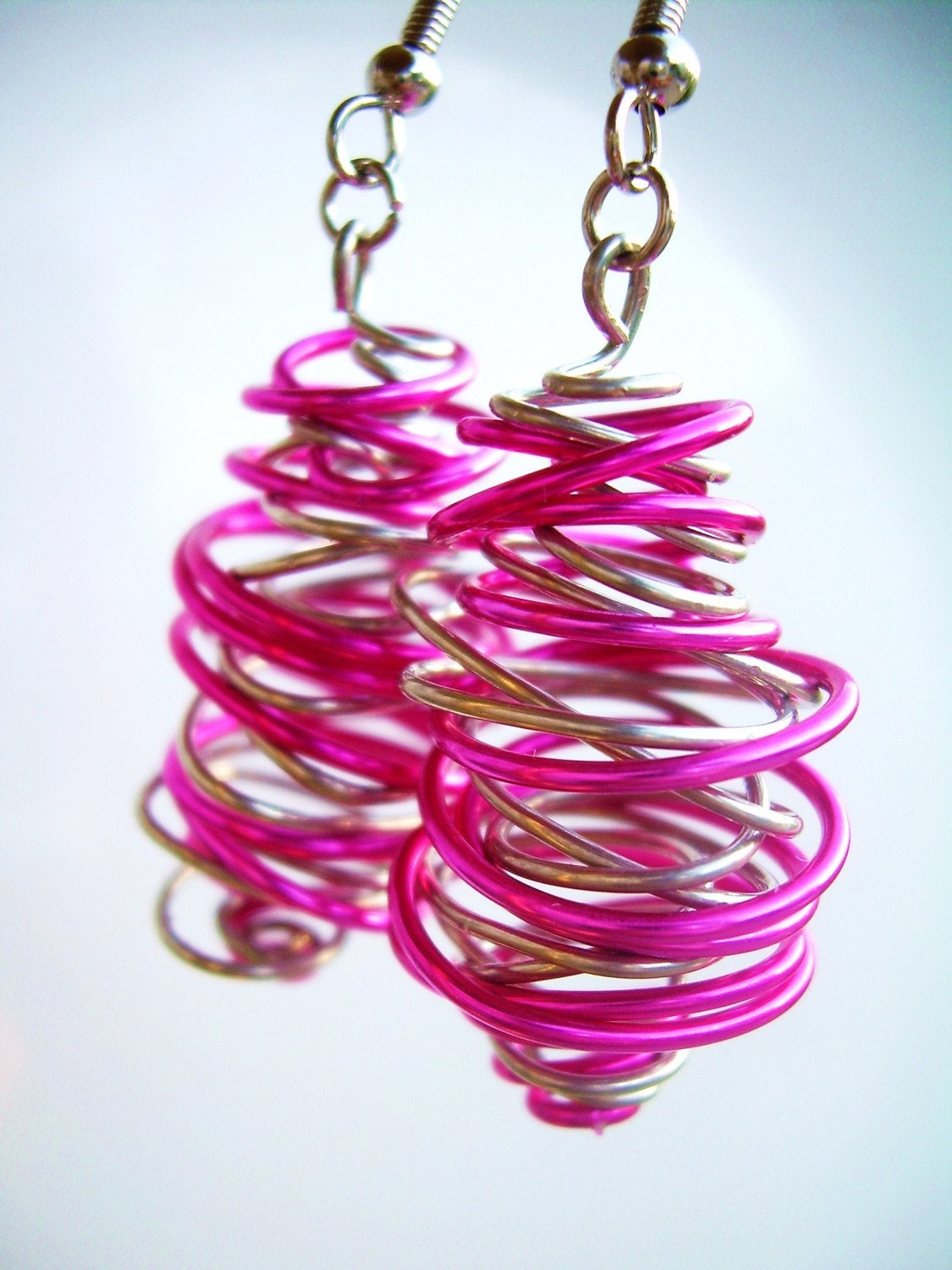 Quantum Squiggle Earrings - Pink/Silver