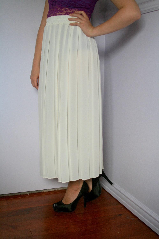 white pleated chiffon vintage maxi skirt by byclaudiamaria